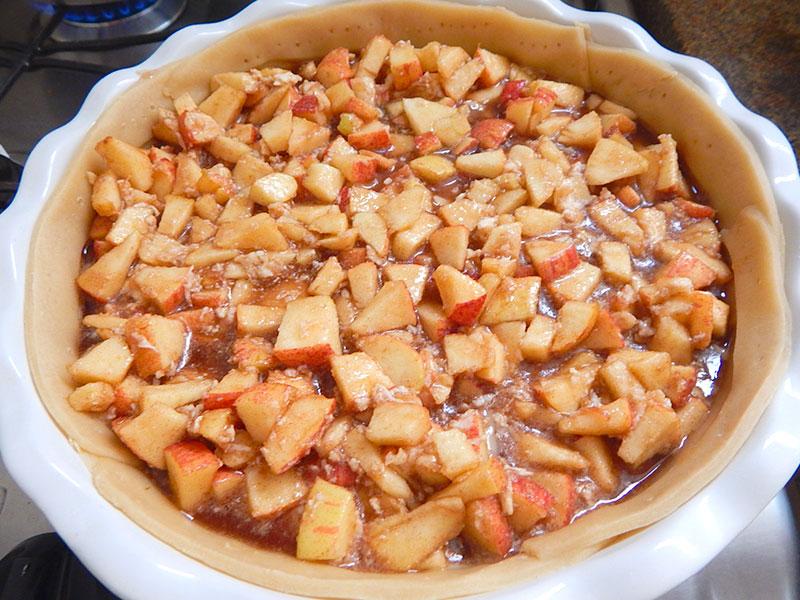 retire-massa-forno-recheie-macas-torta-maca-apple-pie-nacozinha-sozinho-sobremesa