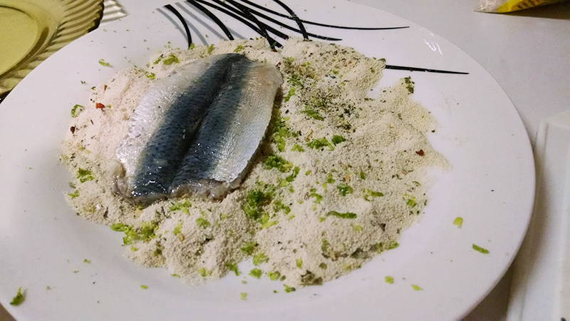 sardinha_farinha-sardinha-crocante-forno-nacozinhasozinho