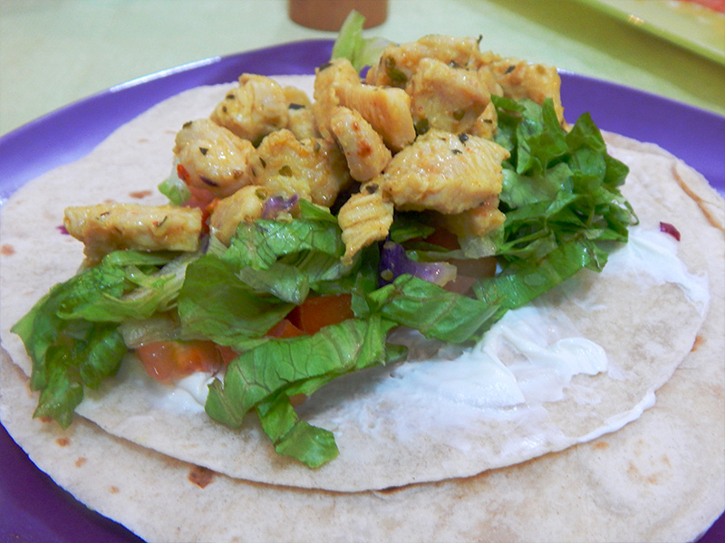 alface-frango-receita-mexicana-burrito-cozinha-sozinho
