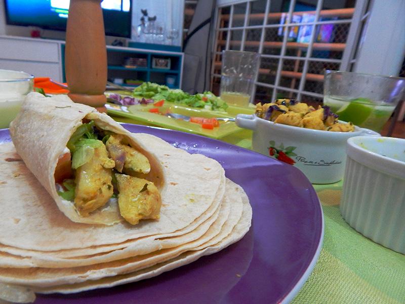 sirva-1-receita-mexicana-burrito-cozinha-sozinho