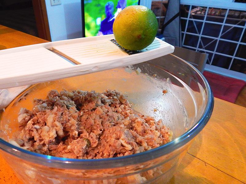 coloque-raspa-limao-suco-limao-hamburguer-atum-receita-nacozinha-sozinho