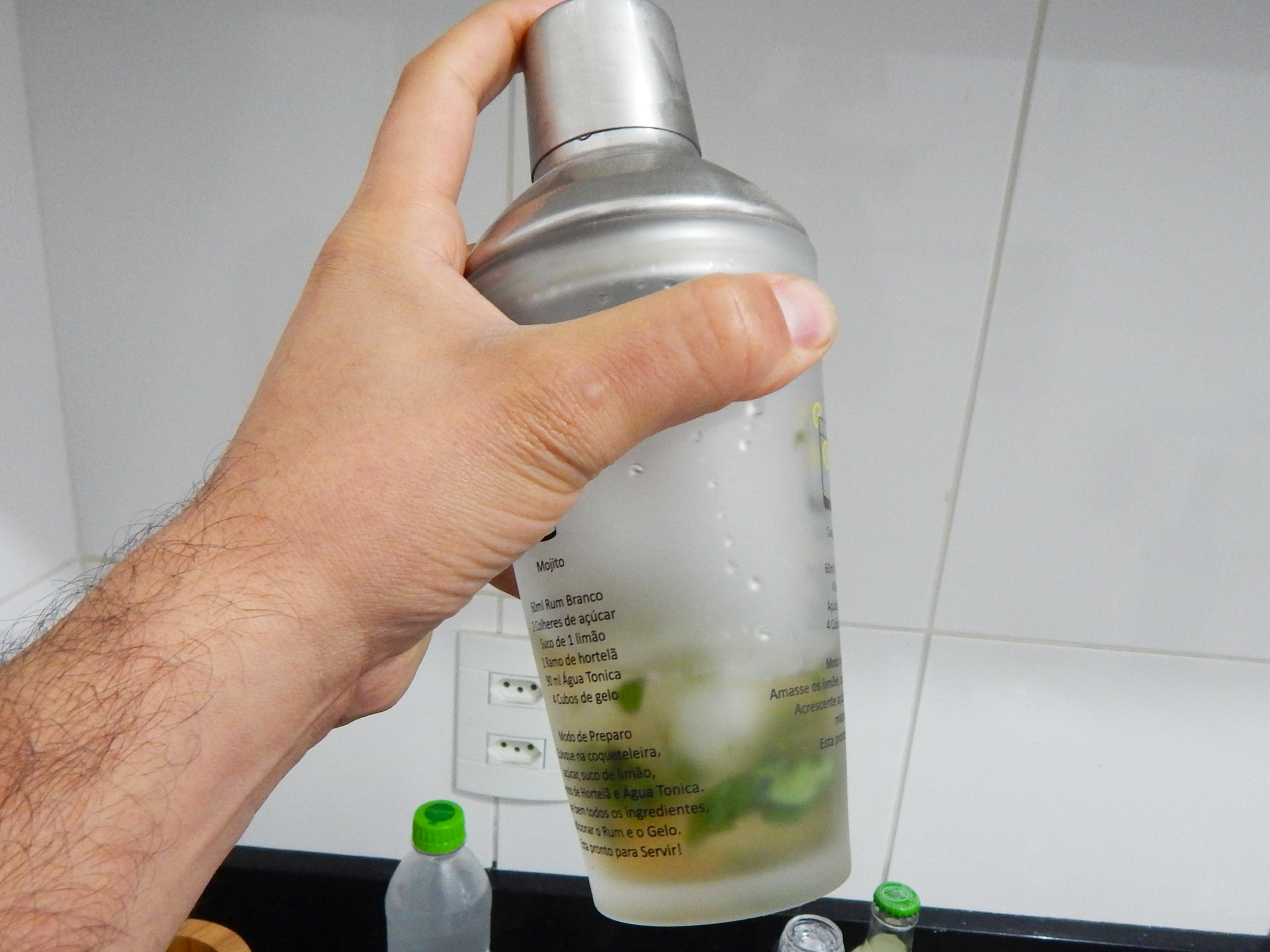 chacoalhe-coqueteleira-receita-drink-mojito-na-cozinha-sozinho