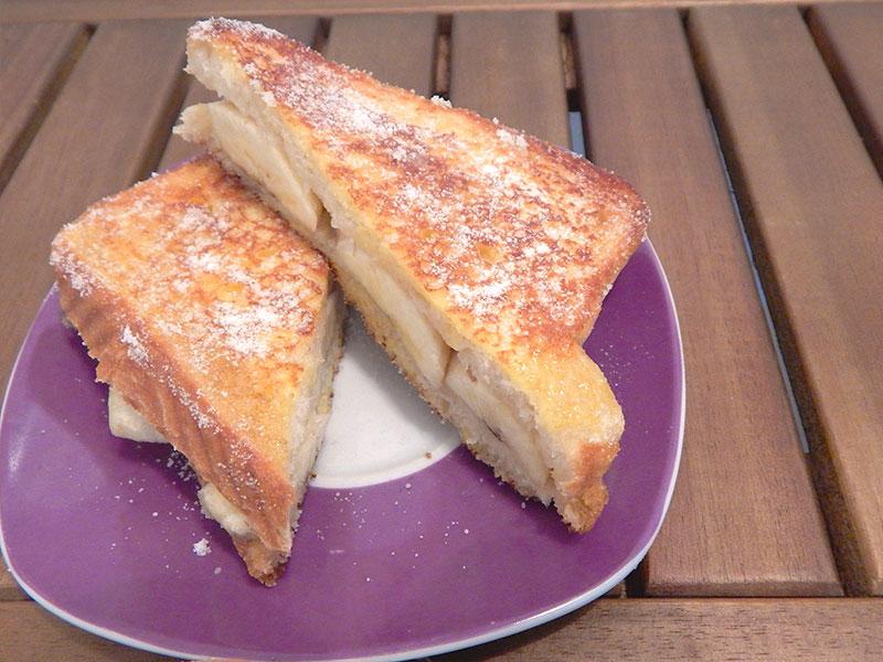 sirva-1-sanduiche-doce-receita-na-cozinha-sozinho