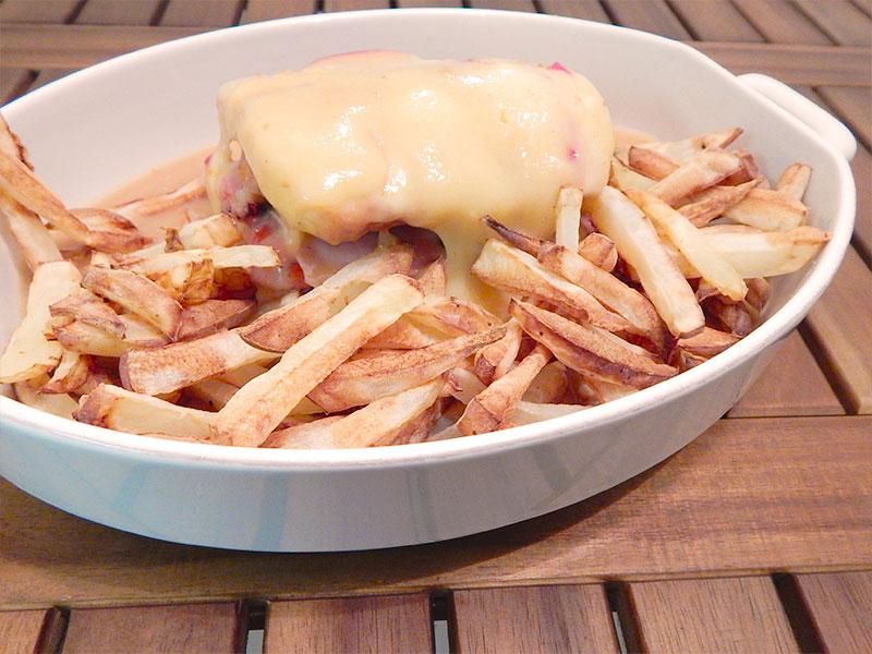 sirva-2-receita-francesinha-portugal-na-cozinha-sozinho