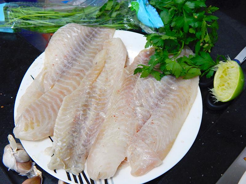 temepere-peixe-tilapia-salteada-manteiga-ervas-receita-blog-na-cozinha-sozinho